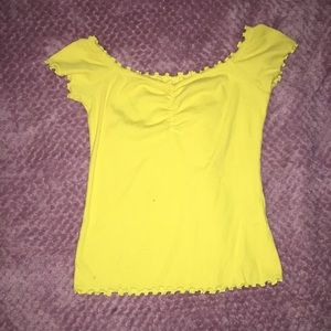 yellow hollister shirt